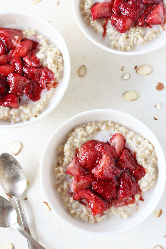 roasted_strawberries_cream_steel_cut_oatmeal