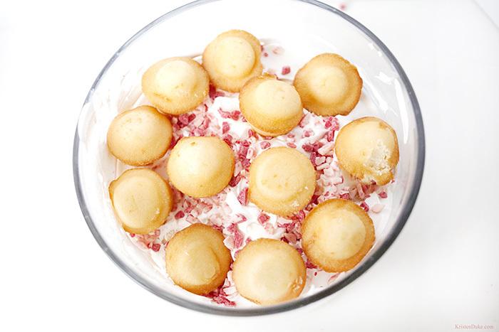 peppermint trifle dessert