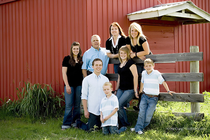 red barn family pictures