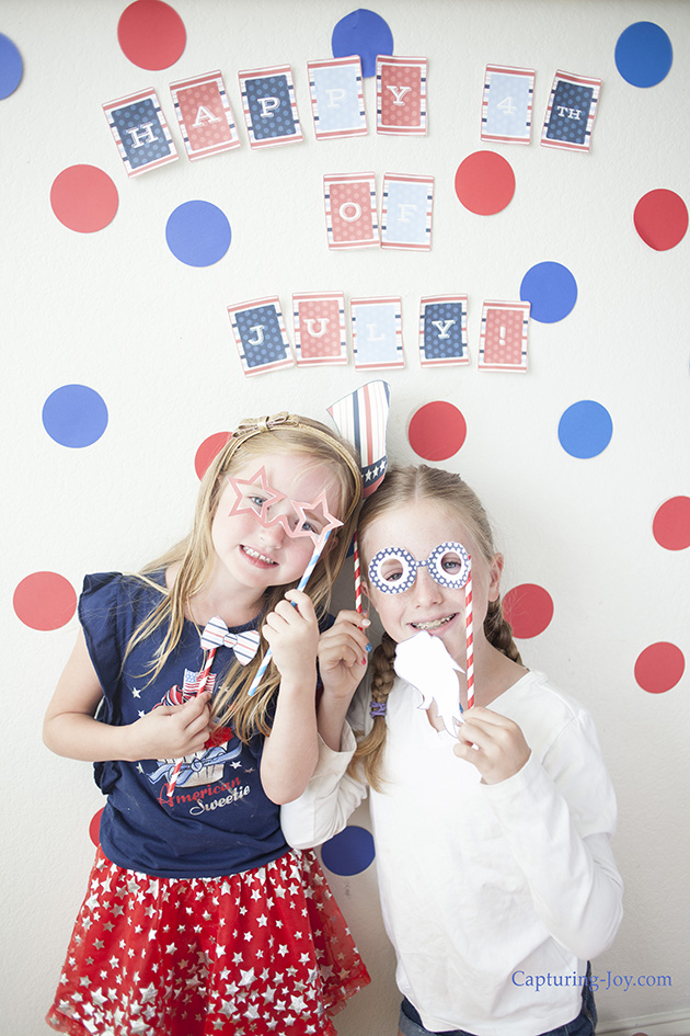 4th of July Photo booth props; just print, cut, and pose for patriotic pictures.